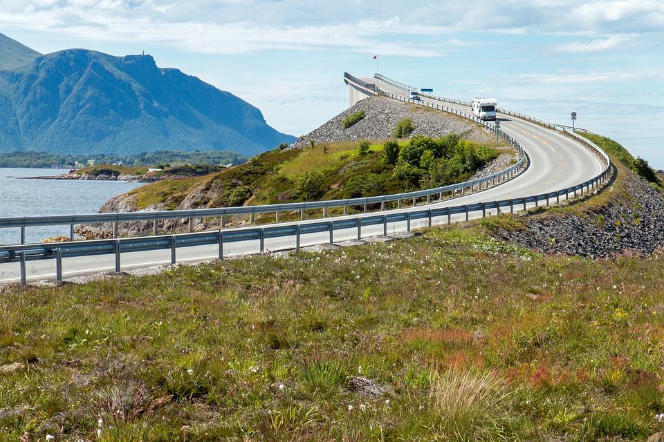 Atlanterhavsveien och Trollstigen